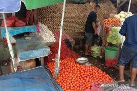 Harga bawang di Ambon turun