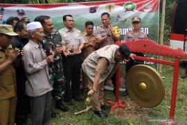 Bupati HST canangkan Cukan Lipai menjadi desa kedua bebas Karhutla
