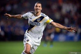 Napoli berniat boyong Ibrahimovic dari LA Galaxy