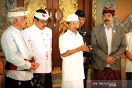 Gubernur Bali cermati kembali data peserta JKN
