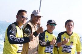 Pasca-tsunami, ratusan peserta antusias ikuti lomba mancing Selat Sunda 2019