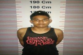 Polisi Pangkalan Susu Langkat tangkap pemilik sabu sabu dari salah satu pondok di Pematang Jaya