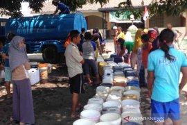 BPBD :  12 kecamatan di Cirebon alami kelangkaan air bersih
