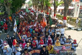Ribuan warga dukung Kapolres Lumajang tuntaskan kasus Q-Net
