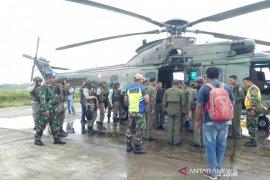 TNI AU bantu pencairan pesawat hilang di Papua