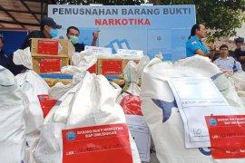 BNN musnahkan ratusan kilogram sabu-ganja sitaan Juli-Agustus