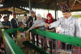 Lapsus- DPRD Banjarmasin ziarah ke makam Sultan Suriansyah