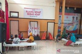 PMI Riau siapkan ruang sehat bebas asap untuk warga korban kabut asap