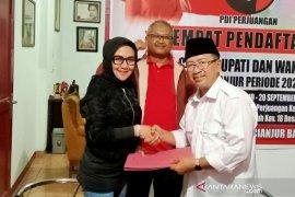 Herman Suherman daftar calon bupati ke PDIP Cianjur