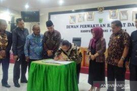 Pimpinan definitif DPRD Padang Pariaman ditetapkan