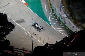 Hamilton ungguli Verstappen  FP2 GP Singapura