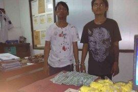 Transaksi dua pemuda jual sekitar 10 ribu obat terlarang digagalkan polisi Bekasi