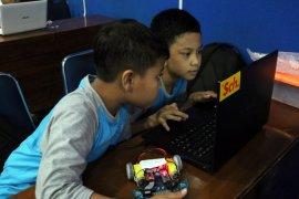 Menyongsong Pendidikan 4.0 dalam membentuk siswa kreatif yang berkualitas