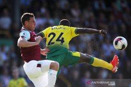 Liga Inggris, Burnley turunkan lagi Norwich, Sheffield pecundangi Everton