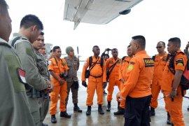 Pesawat hilang, masyarakat Hoeya dilibatkan mencari lewat jalur darat