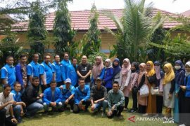 Haji Zanie ajak mahasiswa dan pemuda diskusi pembangunan daerah