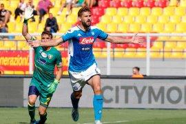 Napoli kalahkan Lecce 4-1, Llorente sumbang dua gol