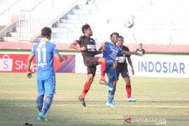 Persib menang lawan Persipura 3-1
