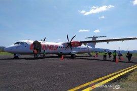 Operasional penerbangan  empat bandara di Sumut terganggu asap