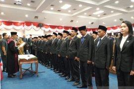 Sebanyak 25 anggota DPRD Kabupaten Belitung dilantik