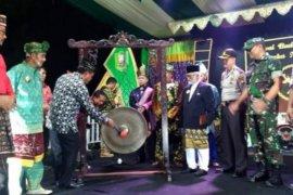 Meriahnya penutupan Festival Budaya Paradje' Pasaka Negeri XI Tahun 2019