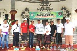 Klungkung menerima CSR Bank BPD Bali untuk perbaiki pura terbakar