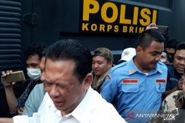 Ketua DPR gagal temui mahasiswa akibat kena gas air mata