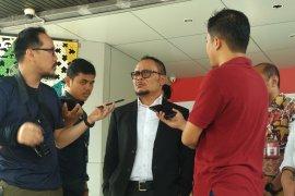 Hanif Dhakiri santai emban tugas di Kemenaker dan Kemenpora