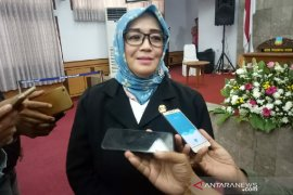 Baru pertama kali, seorang perempuan pimpin DPRD