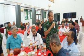 Gowes serta pengobatan gratis sambut HUT TNI di Kalsel