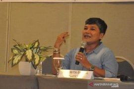 Karhutla, anggota Komisi IX DPR ajak masyarakat gotong royong memadamkan