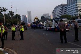 Polisi pasang kawat berduri guna antisipasi aksi anarkis menolak RKUHP