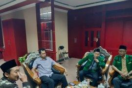 Ketua DPRD Surabaya menjadi warga kehormatan Banser