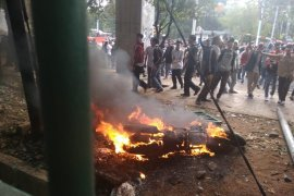 Motor milik wartawan dibakar saat ricuh demo di  DPR