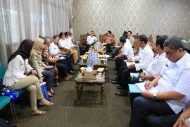 Pemprov Lampung Serahkan P3D Kemetrologian Ke Kabupaten/Kota