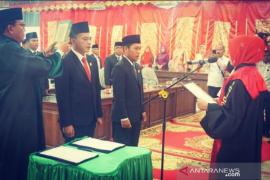 Pimpinan definitif DPRD Pasaman disumpah, Golkar belum setor nama