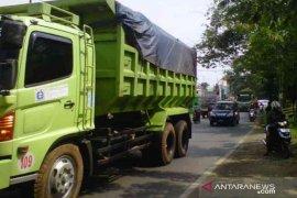 Bekasi akan batasi jam operasional dump truck