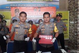 Polres Bangka Tengah menangkap tiga pengedar narkoba