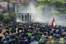 Polisi: Gas air mata kedaluwarsa tak berbahaya