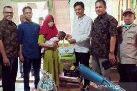 Dinas Sosial P3A Aceh Utara kunjungi bayi penderita Hidrochepalus
