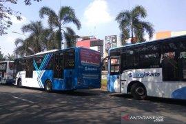 Transjakarta layani penumpang hingga tembus satu juta orang per hari