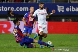 Terpeleset lagi, Sevilla jadi korban kemenangan pertama Eibar