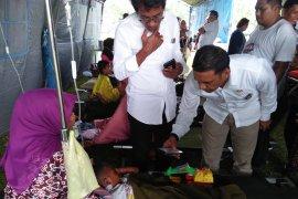 Pasien RSUD dr Umarela dirawat di tenda pengungsi