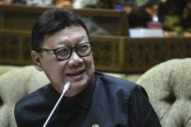 Presiden tunjuk Tjahjo Kumolo rangkap jadi Plt Menkumham