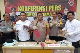 Polisi Indramayu bekuk tiga pelaku pembunuhan berencana, tiga pelaku lain DPO