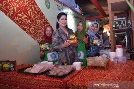 Pempek Palembang pecahkan rekor nasional kuliner daerah