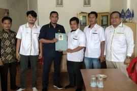 Relawan Rizal ambil formulir dari NasDem Labura