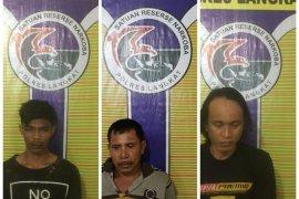 Tiga tersangka pemilik ganja dan sabu-sabu ditangkap polisi Langkat