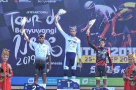 Tour de Banyuwangi Ijen, pebalap asal Perancis menangi etape terakhir
