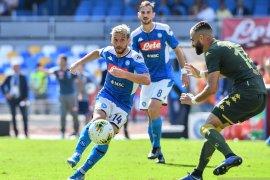 Napoli menang tipis saat jamu Brescia